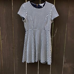 Navy and white houndstooth pattern skater dress